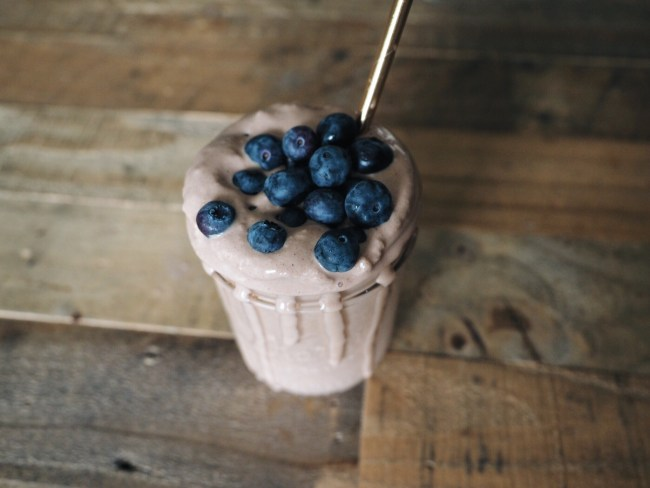 food blogger love you more too north dallas blogger plano lifestyle blogger Chocolate Peanut Butter Banana Shake