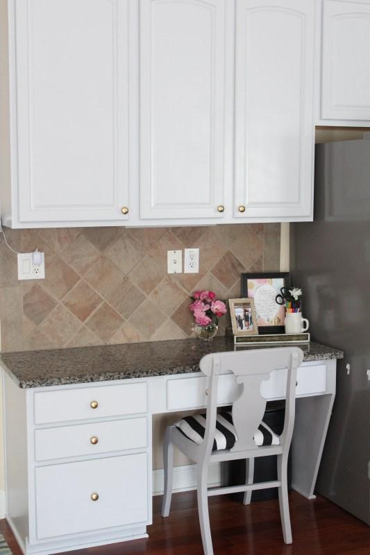 kitchen-diy-cabinet-transformation-10