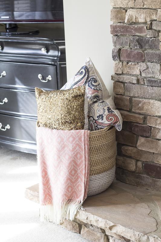 mantle-brick-livingroom-reveal
