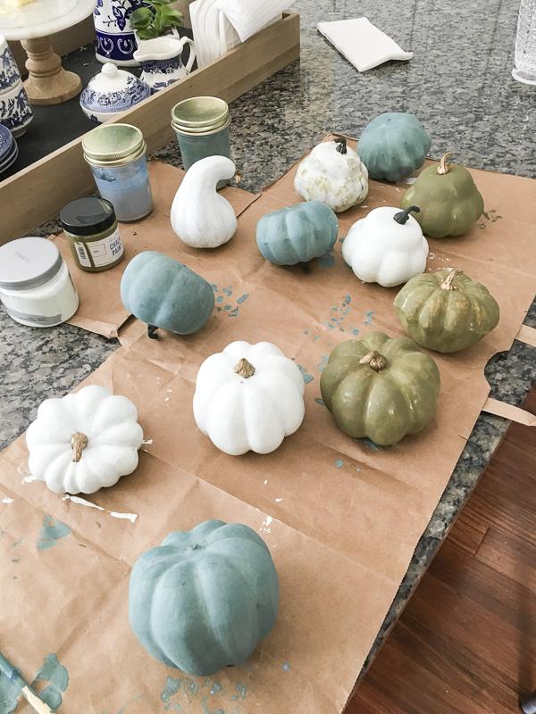 painted-pumpkins-fall-decor-loveyourabode-2