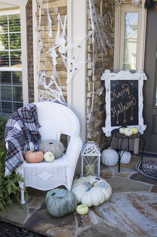 halloween-pumpkins-decor-loveyourabode-7