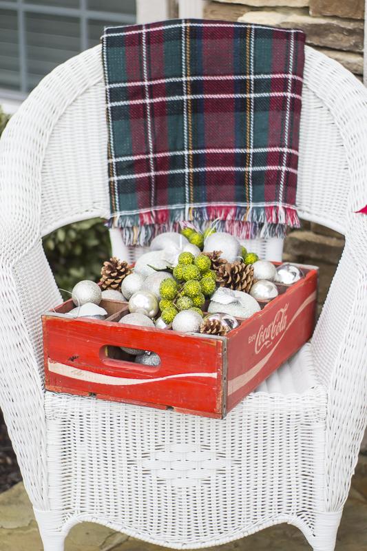 christmas-decorating-plaid-loveyourabode-2