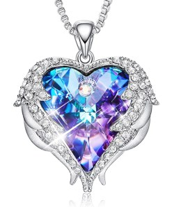 Heart Shaped Crystal Pendant Necklacev