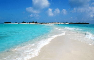 cayo-de-agua-venezuela-loving-beaches