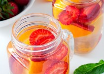 strawberry orange detox