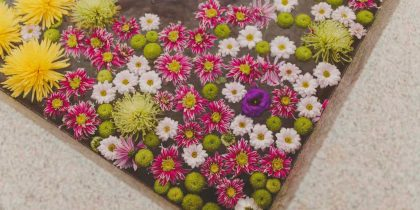 Flores de loving lavanda en la boda de Laura y Juan