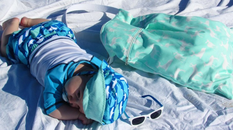 10 Must Haves for Taking Baby to the Beach