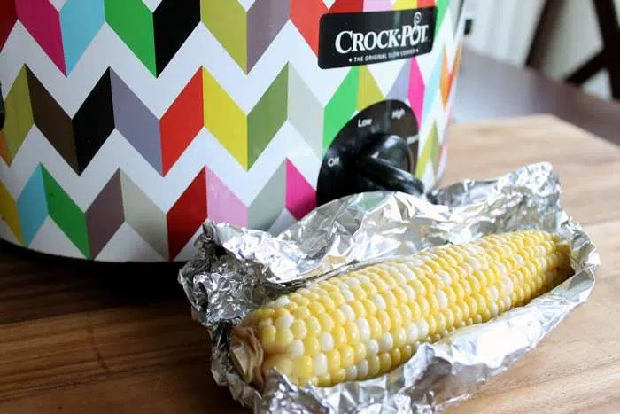 slow-cooker-corn-on-the-cob-001