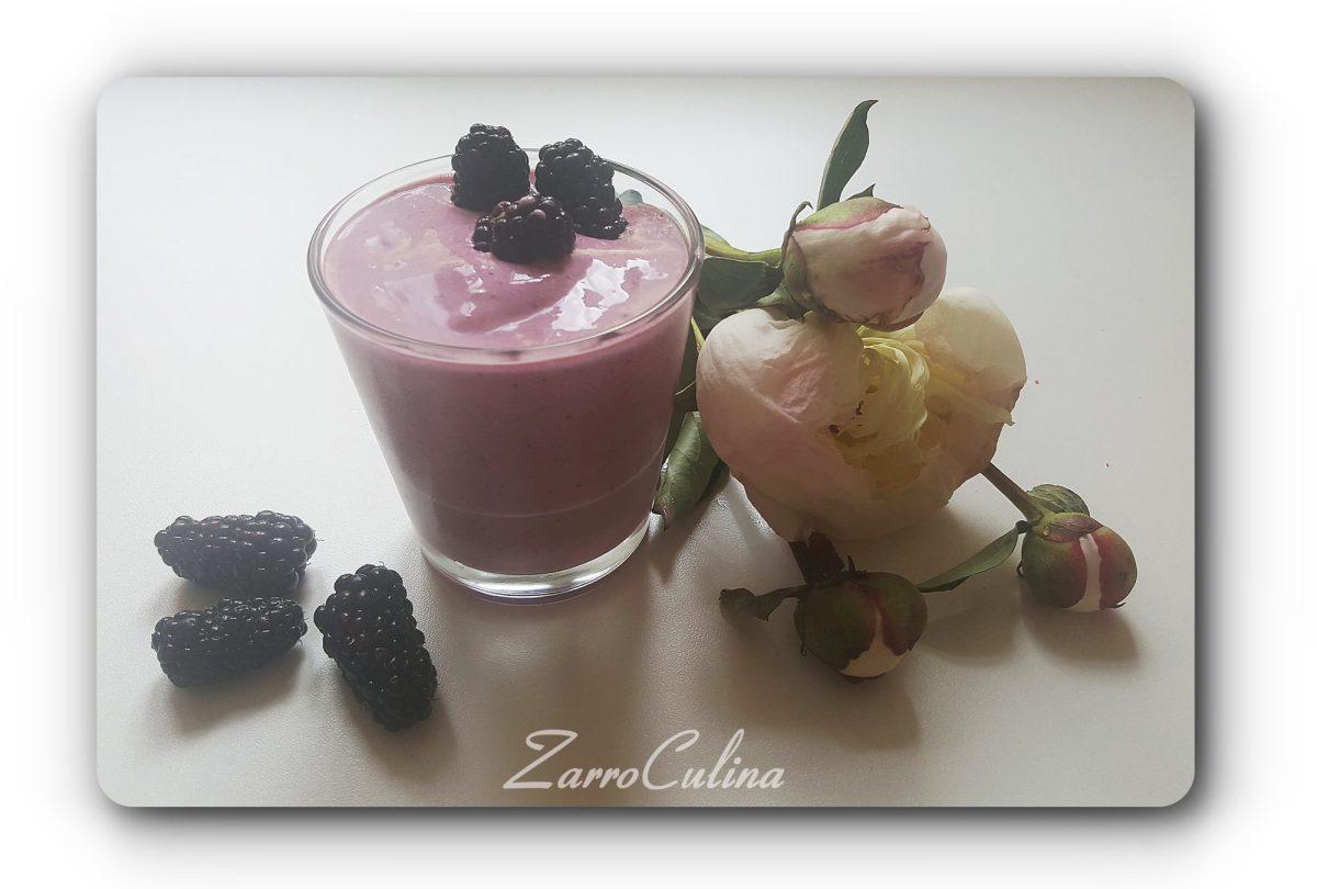 Nicecream berry and cream