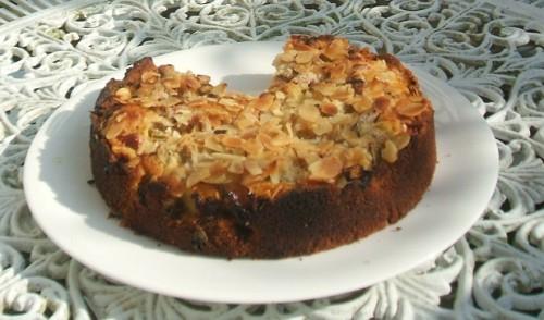 Nutty Rhubarb Crumble Cake