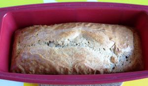 Simple and Fluffy Gluten-Free Low-Carb Bread, The Ready Loaf In a Pan