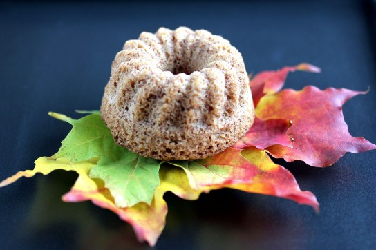 Low-Carb Cinnamon Bundt Cake, Individual Bundt Cake Served on Maple Leaves