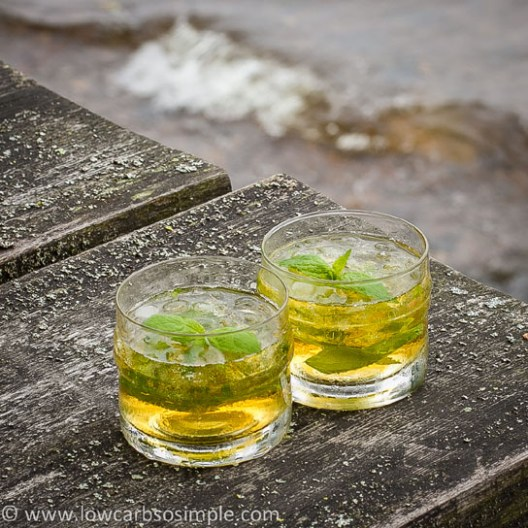 Sugar-Free Mint Julep | Low-Carb, So Simple!