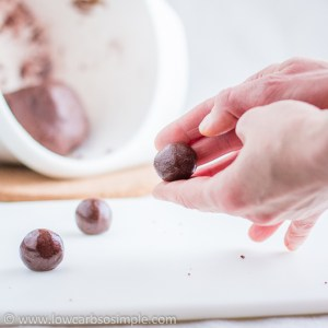 Chocolate Rum Balls; Rolling Balls   Low-Carb, So Simple!