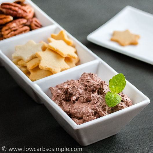 Sugar-Free Chocolate Cheesecake Dip | Low-Carb, So Simple!