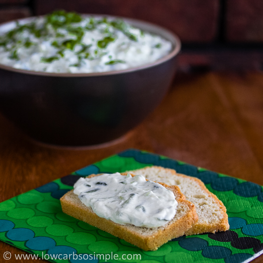 Tzatziki with Almond Flour Bread | Low-Carb, So Simple!