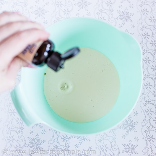 Adding Vanilla Stevia | Low-Carb, So Simple