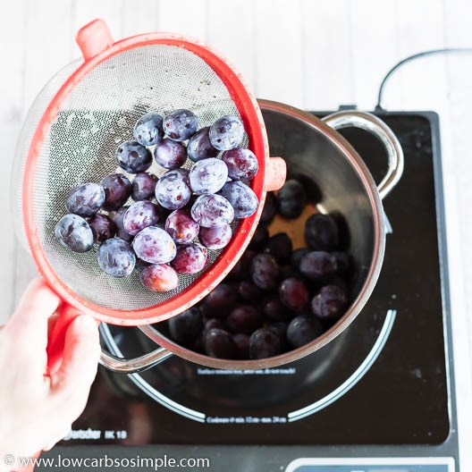 Adding Plums | Low-Carb, So Simple