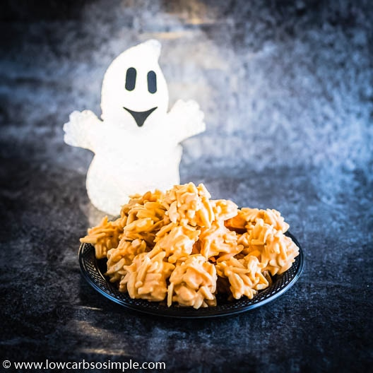 Scaringly Easy Halloween Haystacks with Ghost | Low-Carb, So SImple