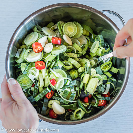 Mixing Well | Low-Carb, So Simple