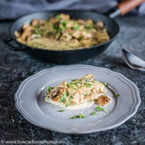 Easy 5-Ingredient 1-Skillet Creamy Mushroom Chicken | Low-Carb, So Simple