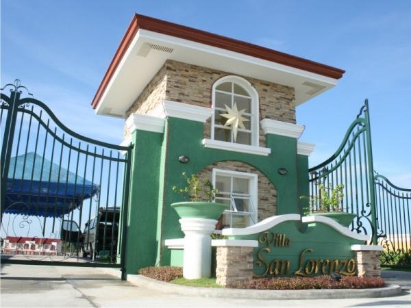 Villa-San-Lorenzo-Entrance-Gate