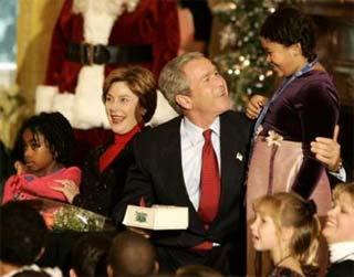 bush_christmaskids02.jpg