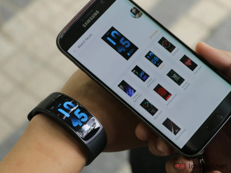 Samsung-GearFit-2-Lightning-Review-IMG_6574