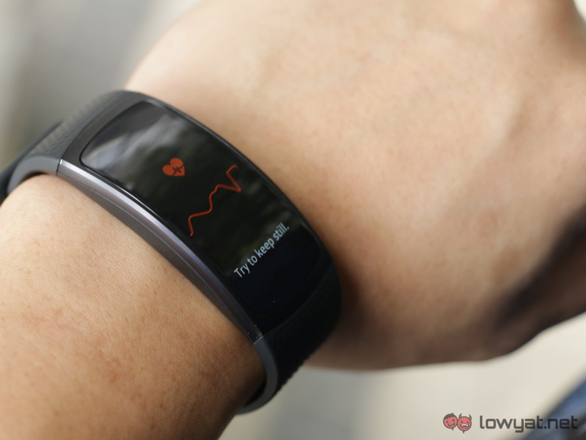 Samsung-GearFit-2-Lightning-Review-IMG_6587