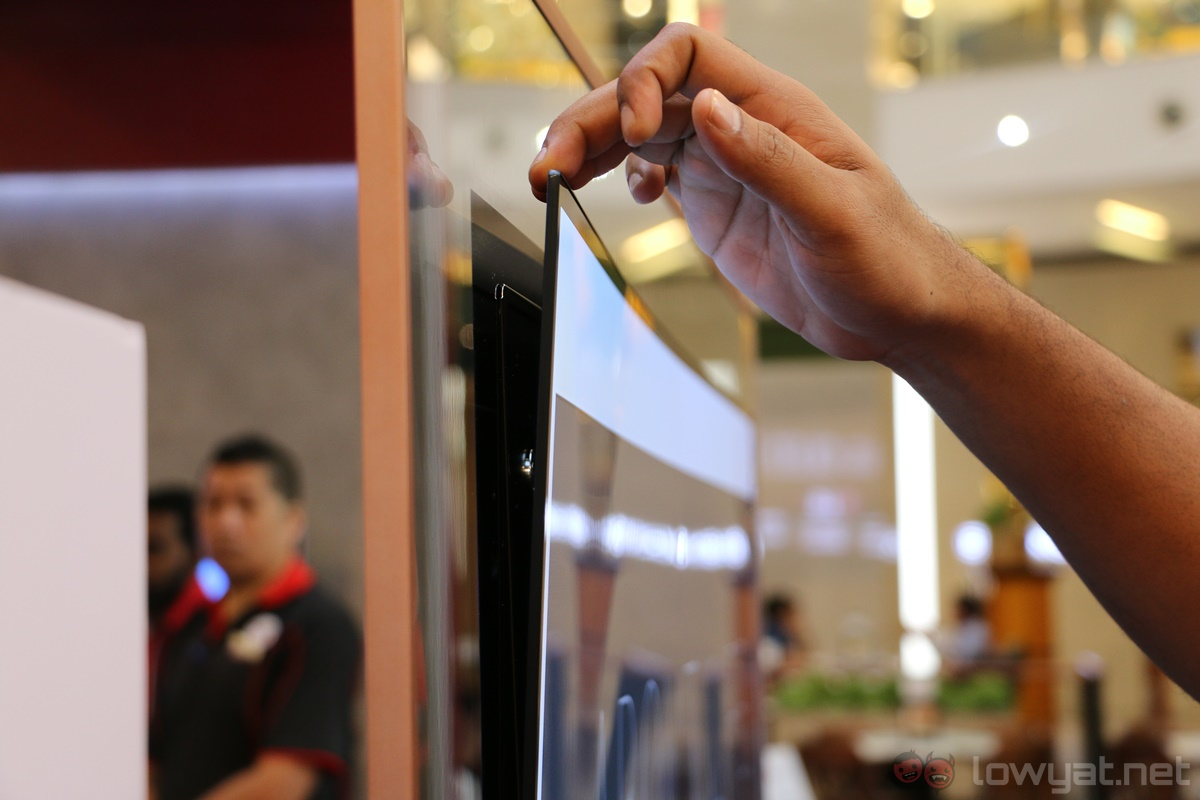 """LG Launches the """"Wallpaper"""" Signature 4K OLED W7 TV in ..."""