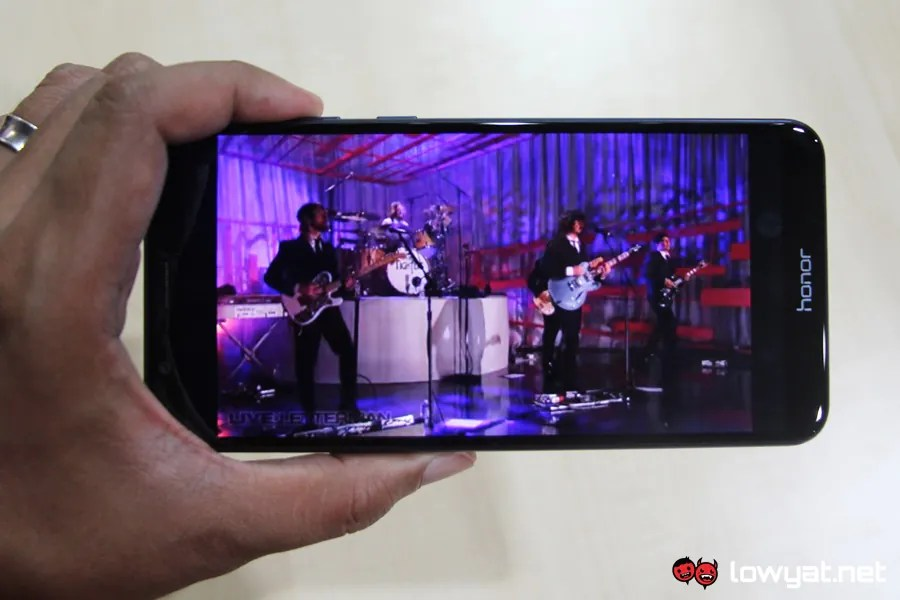 The honor View 10 And honor 7X Are Now RM200 Cheaper