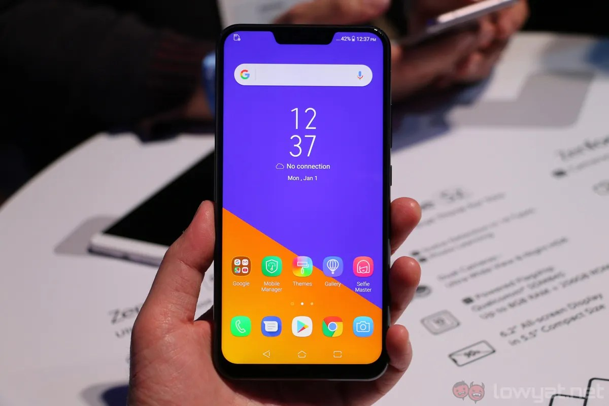 Aside from that, there is also the ZenFone 5 model itself which has the  same physical body as per ZenFone 5Z but with mid-range level Snapdragon  636 ...