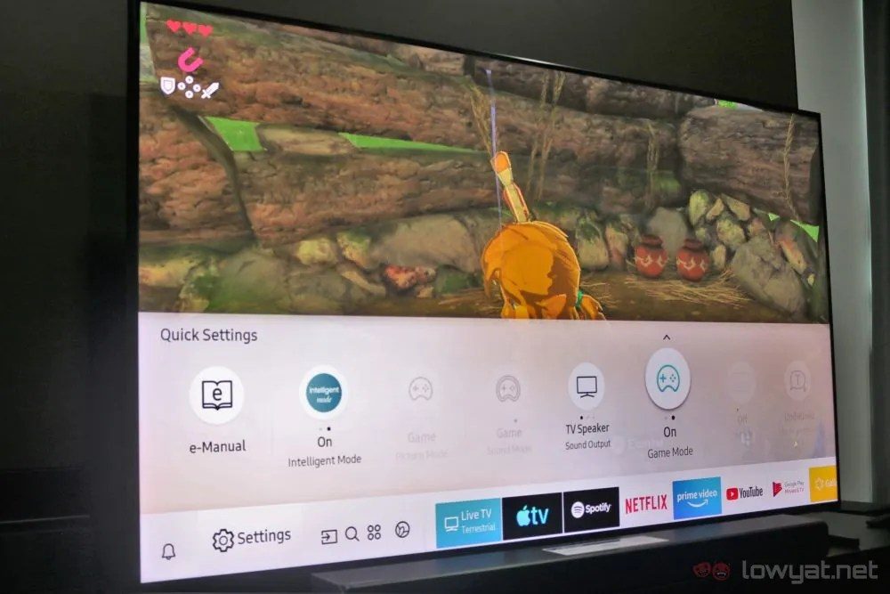 This Is What It's Like To Play The Nintendo Switch On