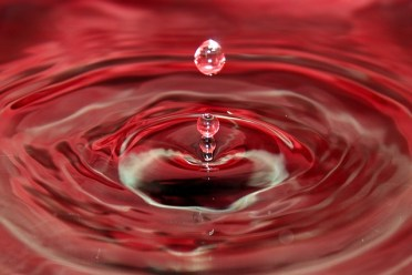 water-droplet-1338817_640