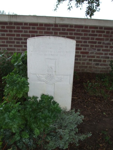13910 PTE FREDERICK HOLDEN 7TH BN
