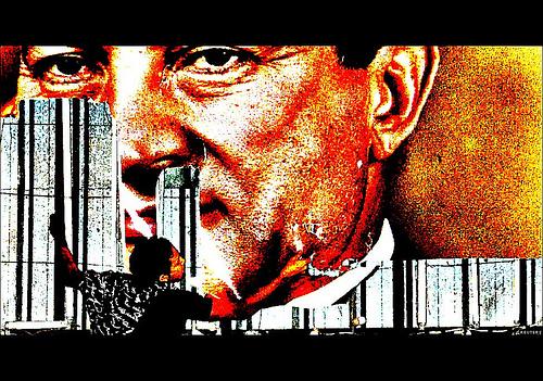 Defacing Mubarak | Credit: http://www.flickr.com/photos/antonellomangano