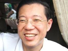 "Lim Guan Eng Is A Hero, Not A ""Tokong"""