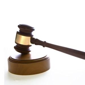 Un litigio sobre el juego online en España, 7 años después, fotografía de un mazo de justicia