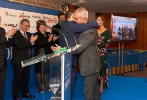 II Premios Infoplay al Juego Responsable, fotografía de personas en un atril en una conferencia