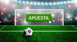 Publicidad del juego y Constitución, fotografía de una portería y un balón en el punto de penalti