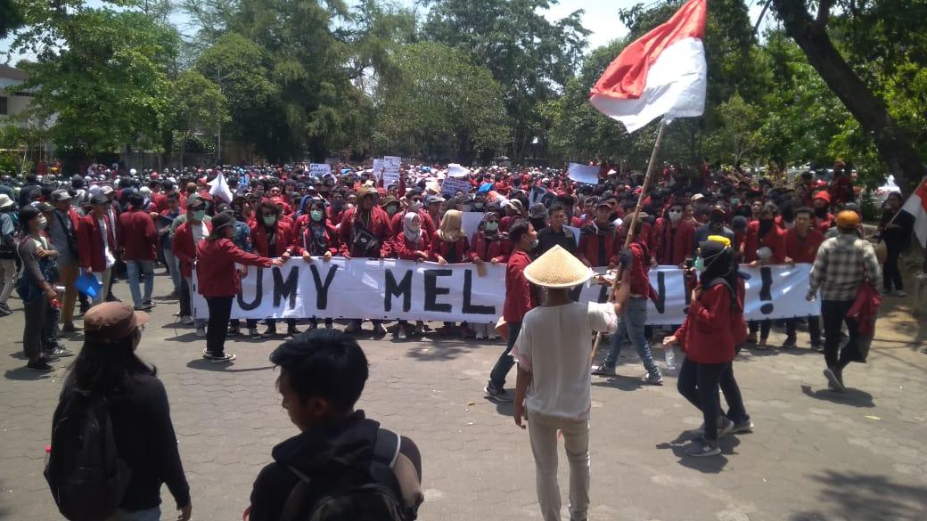 Aliansi Rakyat Bergerak Kembali Gelar Demonstrasi Lanjutan. Journal/Adi