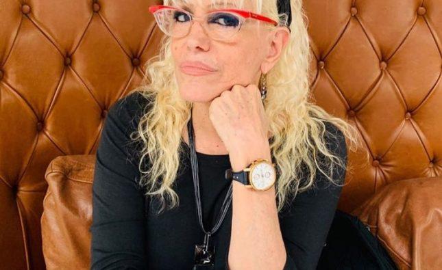 Enamorada!!!! Valeria Lynch Confirmó Su Romance Con Mariano Martínez