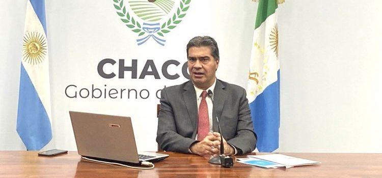 Capitanich anunció un aumento general para el sector docente de 7.8%
