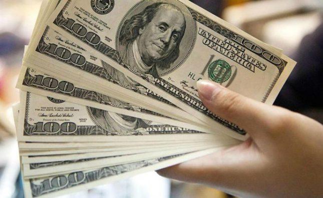 El dólar libre sube $7 y alcanza un precio récord de $165