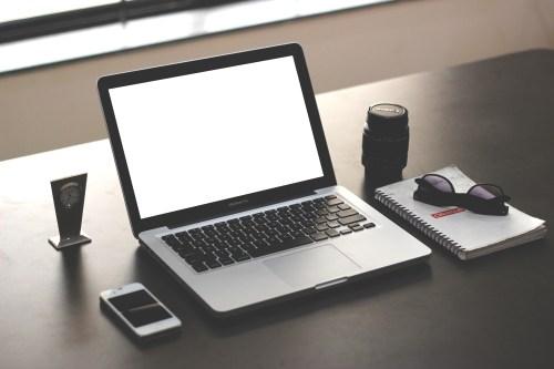 Free Apple Macbook Pro Mockup 2