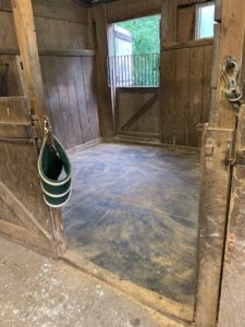 horse - stall - barn - stable