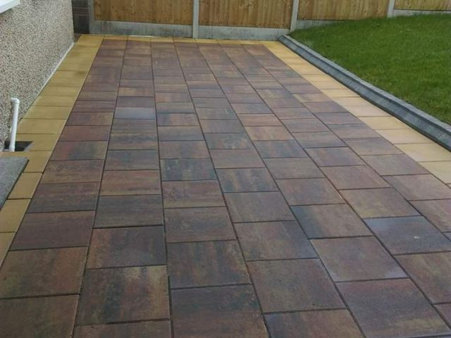 Waterford Paving Stone Patio