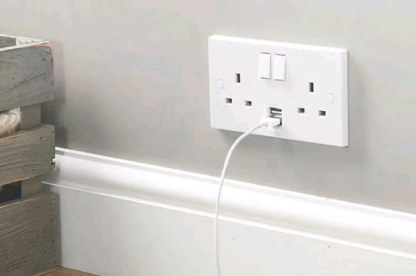USB Socket Replacement Domestic Electrician Roscommon Galway Athlone
