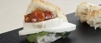 Pane, Mozzarella e Pomodoro di Rosanna Marziale