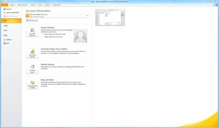 Outlook 2010 Signature Screen Shot 1